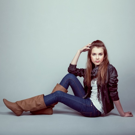 jeans girl: Portrait of stylish young model