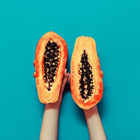 Minimalism: %u041Erange color in the trend. Papaya fashion style