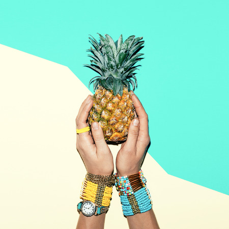 fashion photos: Fashion accessories . Bracelets and jewelry. Be bright summer Lady
