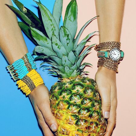 Set Accessory Ladies. Watches, bracelets, bright summer style.