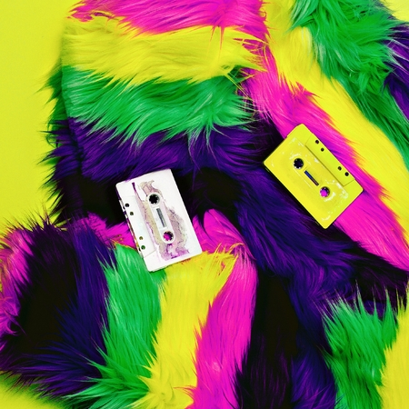 grabadora: Forever Retro. Cassettes de audio y estilo disco