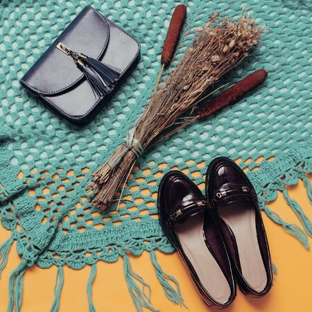 Varnish shoes and clutches. Fall Fashion Style