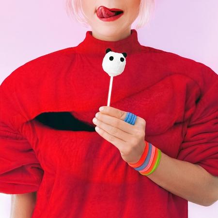 Glamorous Lady love Panda Sweets