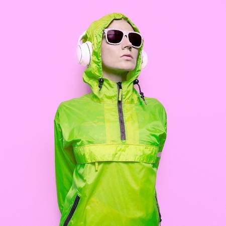 dubstep: Girl DJ Mix Techno Dubstep Party Style