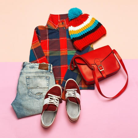 Stylish set of clothes. Checkered jacket and bright accessories. Hipster trend style. Spring Casual Urban Foto de archivo
