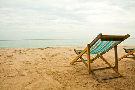 strandstoel: Bank op de Thaise strand vakantie