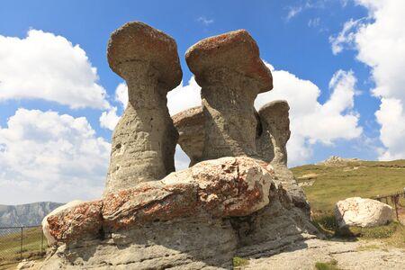 Pietra gruppo denominato Babele in Bucegi Carpati Romania