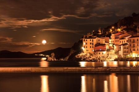 Marciana Marina nella notte. Isola d'Elba, Livorno, Italia. Archivio Fotografico
