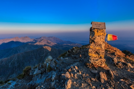 fagaras: View from the Negoiu peak which is the second highest mountain top (2535 m) of Fagaras Mountains.