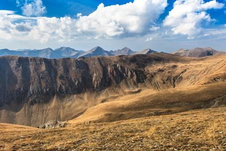 paesaggio di montagna nei Carpazi, Fagaras, Romania