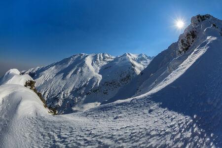 fagaras: Negoiu picco in inverno. Monti Fagaras, Carpazi meridionali, Romania Archivio Fotografico