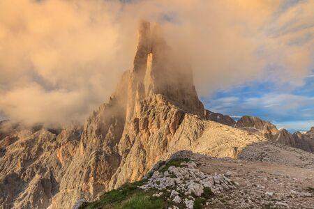 fassa: Vajolet towers in Dolomites, Val di Fassa, Italy
