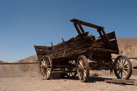An old horse wagon in Nevada desert Stock Photo - 19398331