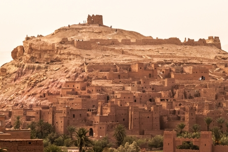 fortified: An ancient moroccan fortified town (or kasbah) located in Ait Benhaddhou Stock Photo
