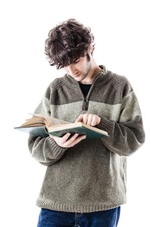 handsome student: un estudiante guapo con algunos libros aislados sobre un fondo blanco