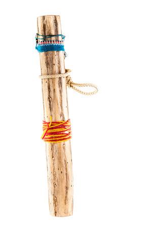 Een rainstick, een instrument dat wordt verondersteld te zijn uitgevonden door de Azteken en werd gespeeld in de overtuiging dat over regenbuien kon brengen. Rainsticks zijn meestal gemaakt van cactus Stockfoto - 23394104