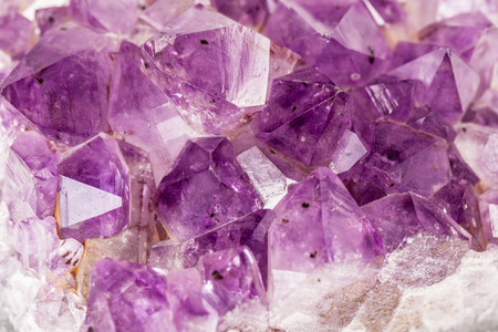 edgy: Macro shot of some vibrant edgy amethyst crystals