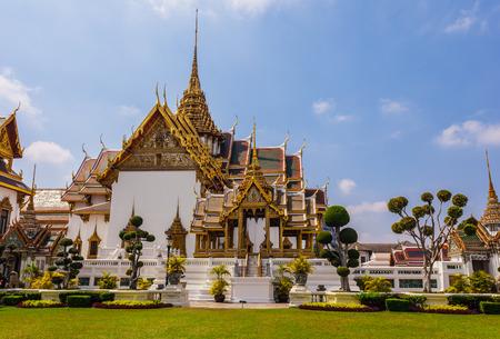 maha: Phra Thinang Dusit Maha Prasat in Royal Palace Bangkok, Thailand