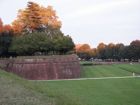 bulwark: The Lucca Medieval Wall