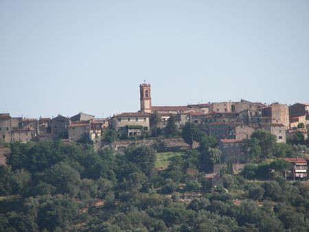 Tuscany Vilage o the top of the Hill Stock Photo - 3336405