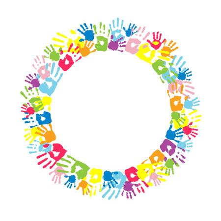 niños felices: Marco del círculo grande hecha de huellas de manos de color.