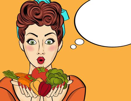 彼女の手で野菜を保持する驚きのポップアート女性。吹き出しと健康食品のコミック女性。ベクター画像。