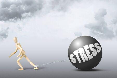 marioneta de madera: Concepto de hombre estresado. Imagen abstracta con una marioneta de madera