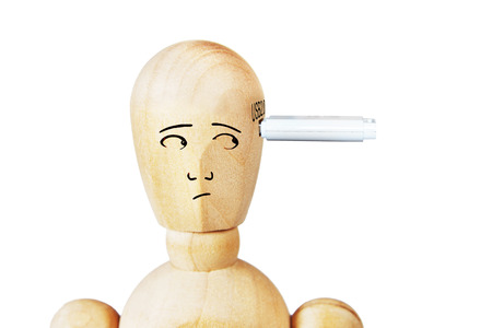 marioneta de madera: Man with USB drive in his head. Abstract image with a wooden puppet Foto de archivo