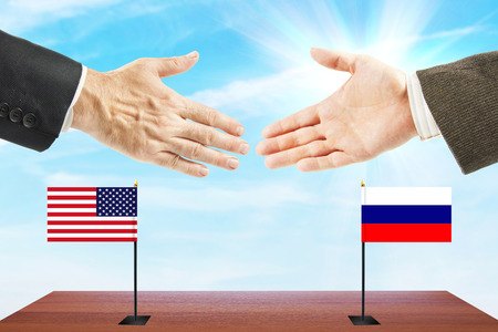 conversaciones: Relations between Russia and the United States. Concept of talks and diplomacy Foto de archivo
