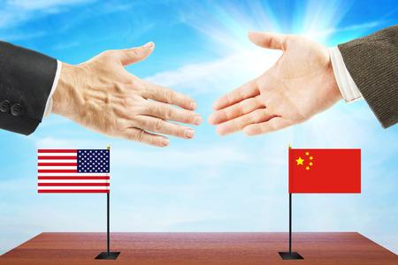 conversaciones: Concepto de conversaciones amistosas entre los Estados Unidos y China. La diplomacia y la política internacional