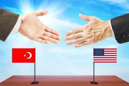 conversaciones: Concepto de conversaciones amistosas entre los Estados Unidos y Turquía. La diplomacia y la política internacional