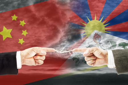 Confrontation and enmity between China and Tibet. Conflict and stress in the international policy