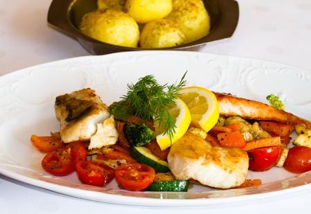 zander: Covered Table with zander fish