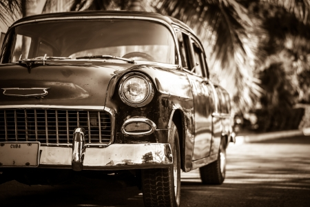 shool: Oldtimer in Kuba