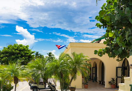 Public golf course with view of the green and the caddy house in Varadero Cuba - Series Cuba Reportage Stockfoto