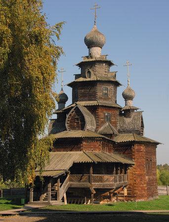 kokoshnik: The Suzdal museum of wooden architecture open-air.
