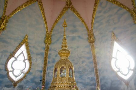 relics: Buddhas relics
