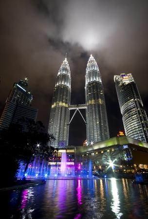 klcc: Kuala lumper, Malasia-December 30, 2010 : Night views of Landmark on December 30,2010 Petronas Twins Towers, Kuala Lumpur, Malaysia. Detail view of Petronas Towers