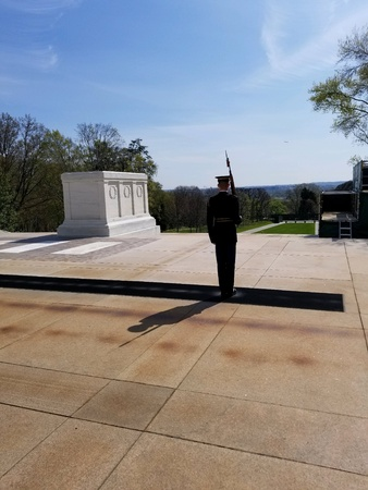 A soldier stands guard Imagens