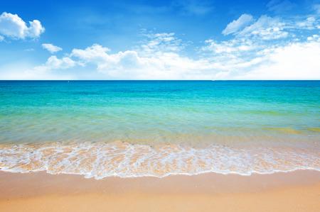 vacaciones playa: playa y el mar tropical Foto de archivo