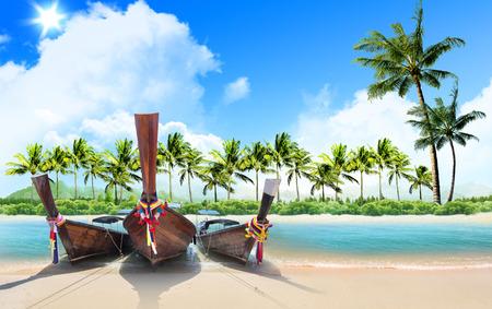 viagem: praia e palmeiras tropicais, conceito