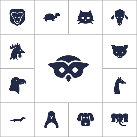 camelopard: Set Of 13 Brute Icons Set.Collection Of Rooster, Gecko, Camelopard And Other Elements. Illustration
