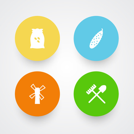 Set Of 4 Harvest Icons Set.Collection Of Zucchini, Rake, Sack And Other Elements. Illustration