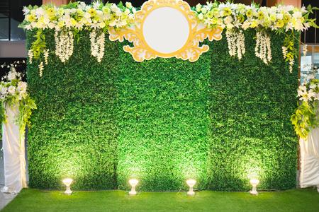 Luxury Indoors Wedding Stage Decorate. achtergrond en lege achtergrond voor invoertekst en symbool Stockfoto