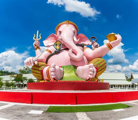 Beautiful Ganesh statue on blue sky in temple, Is highly respected by the people of Asia Imagens