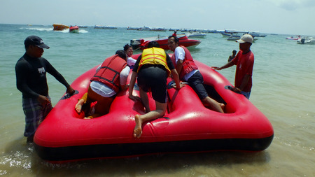 moon walker: Donat Boat at Tanjung Benoa