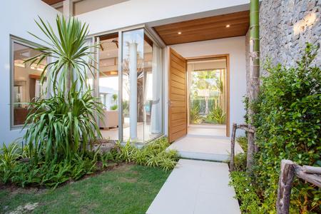 hallway house with garden