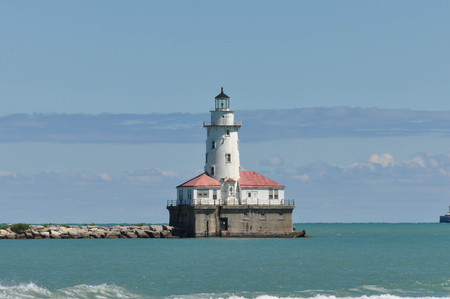 lake michigan lighthouse: Chicago Harbor Faro