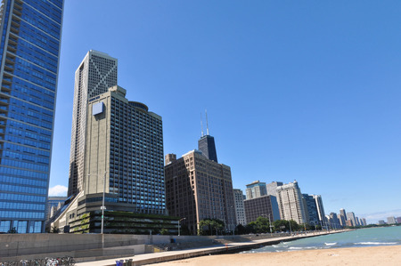 lake shore drive: Skyscrapers along the lakefront in Chicago trial