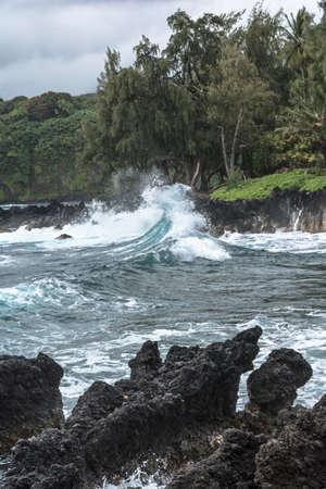 clody: Waves crashing into rocks, Maui, Hawaii